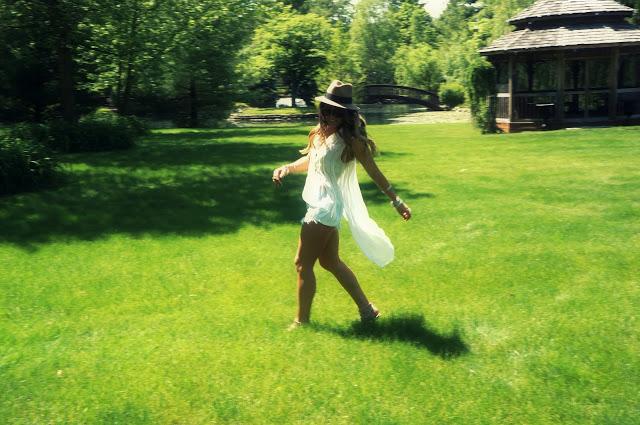 coachella free spirited vibes by Ela Mariie