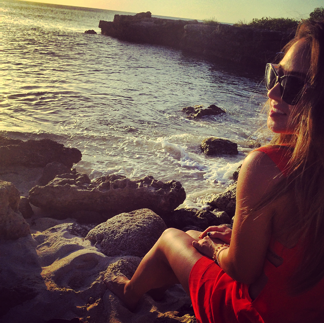 dreaming on the rocky shores of aruba