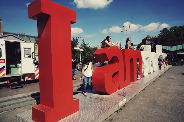 i am amsterdam sign