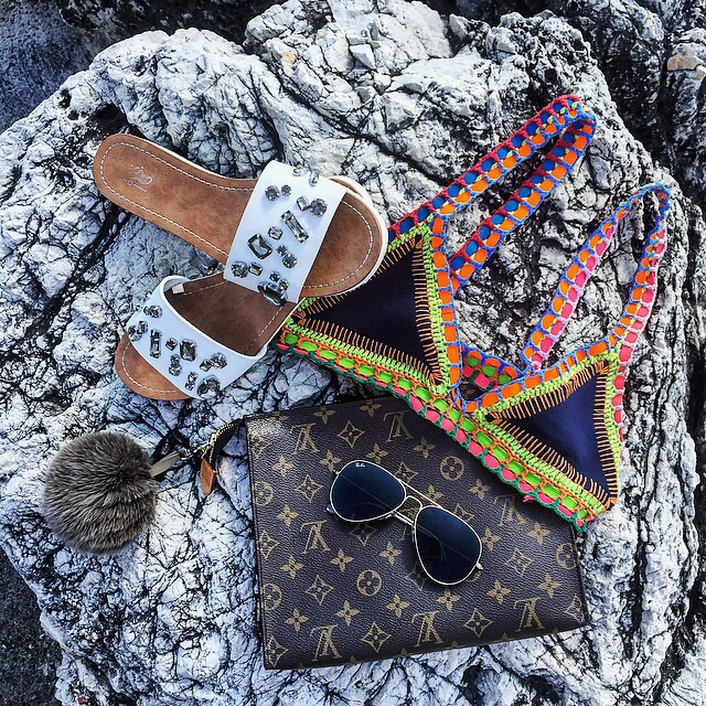 Louis Vuitton chic beachy style