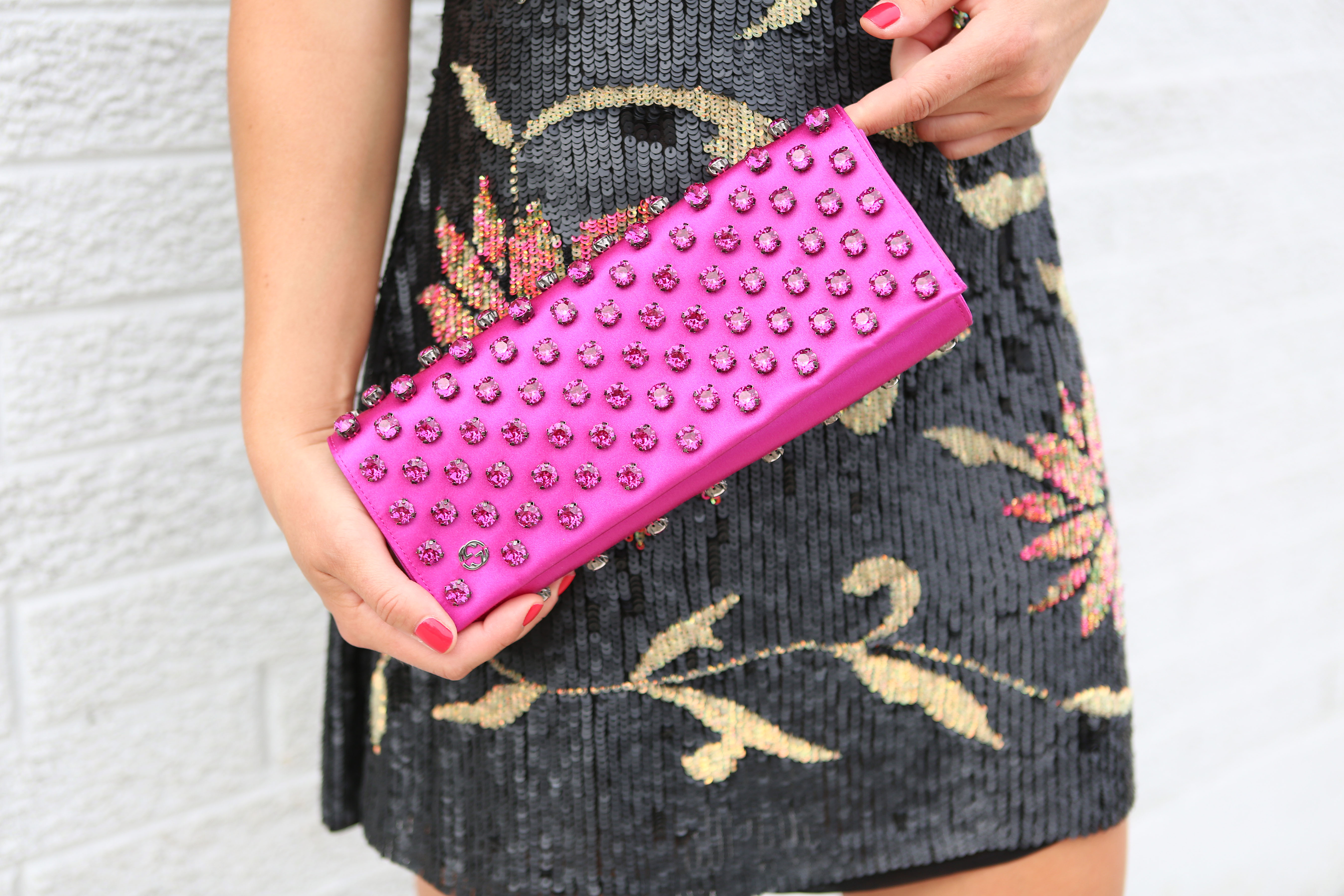 gucci-hot-pink-clutch
