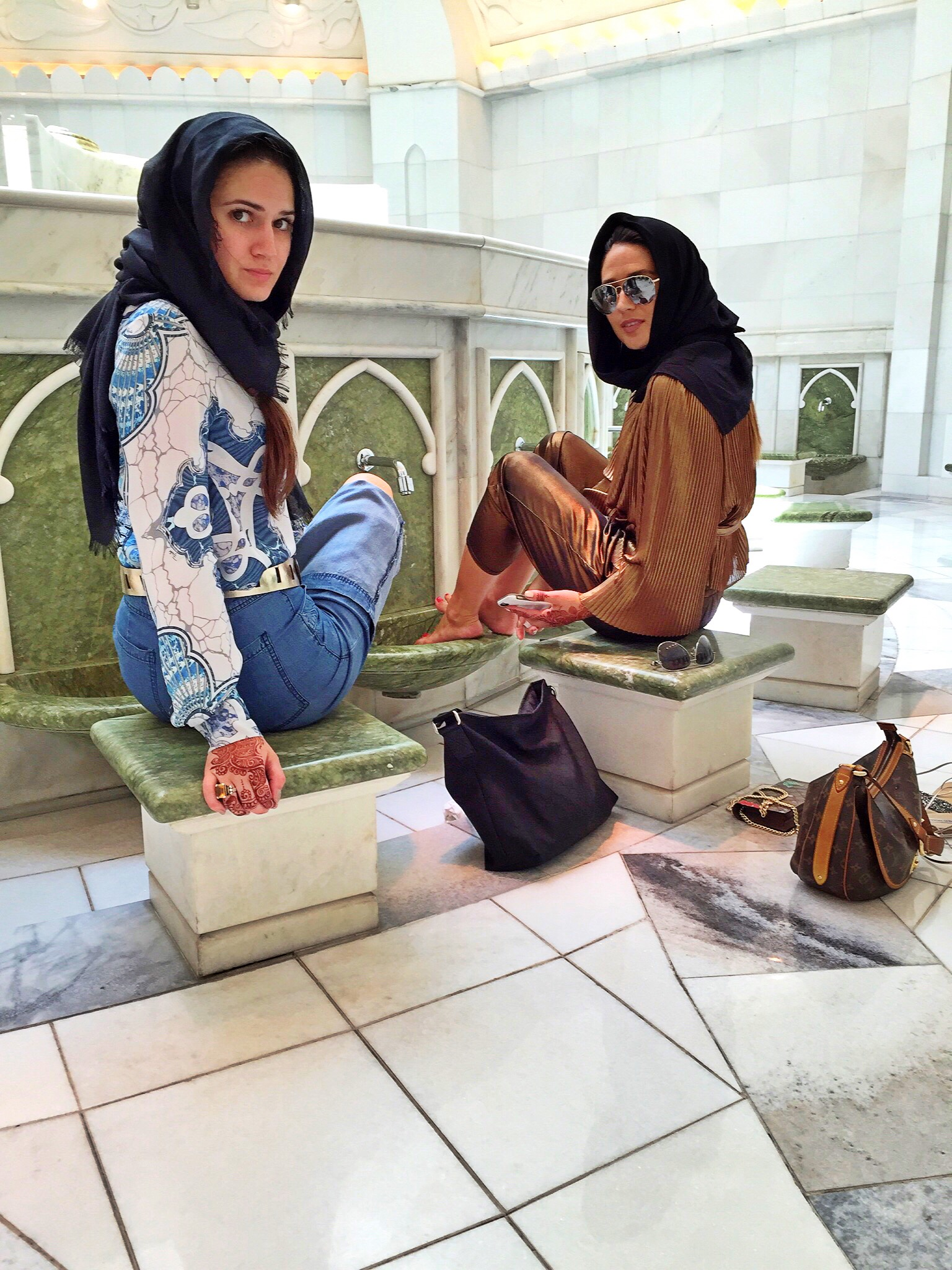 washing-of-feet-inside-womens-bathroom-mosque-abu-dhabi