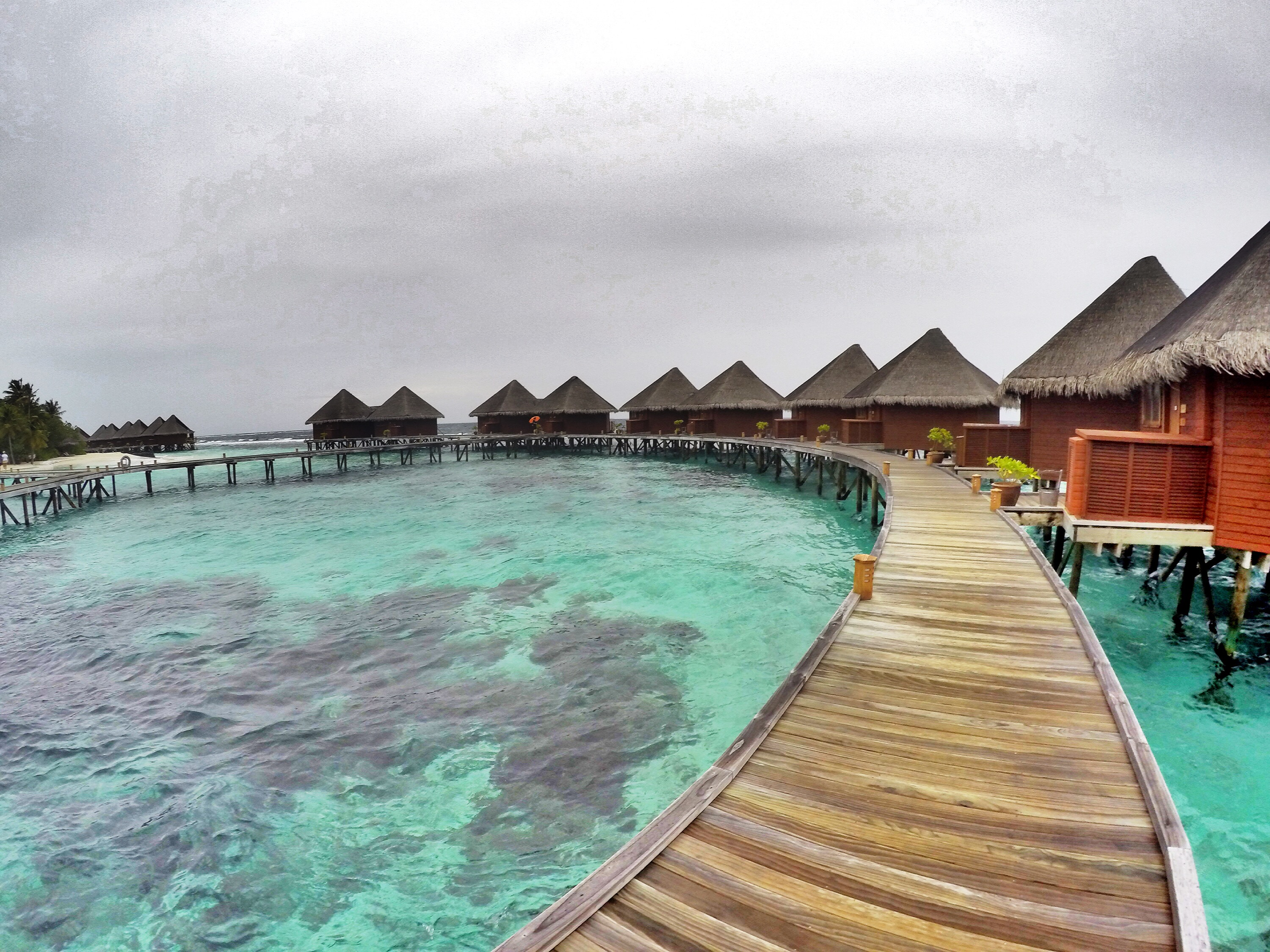huts-on-water-maldives