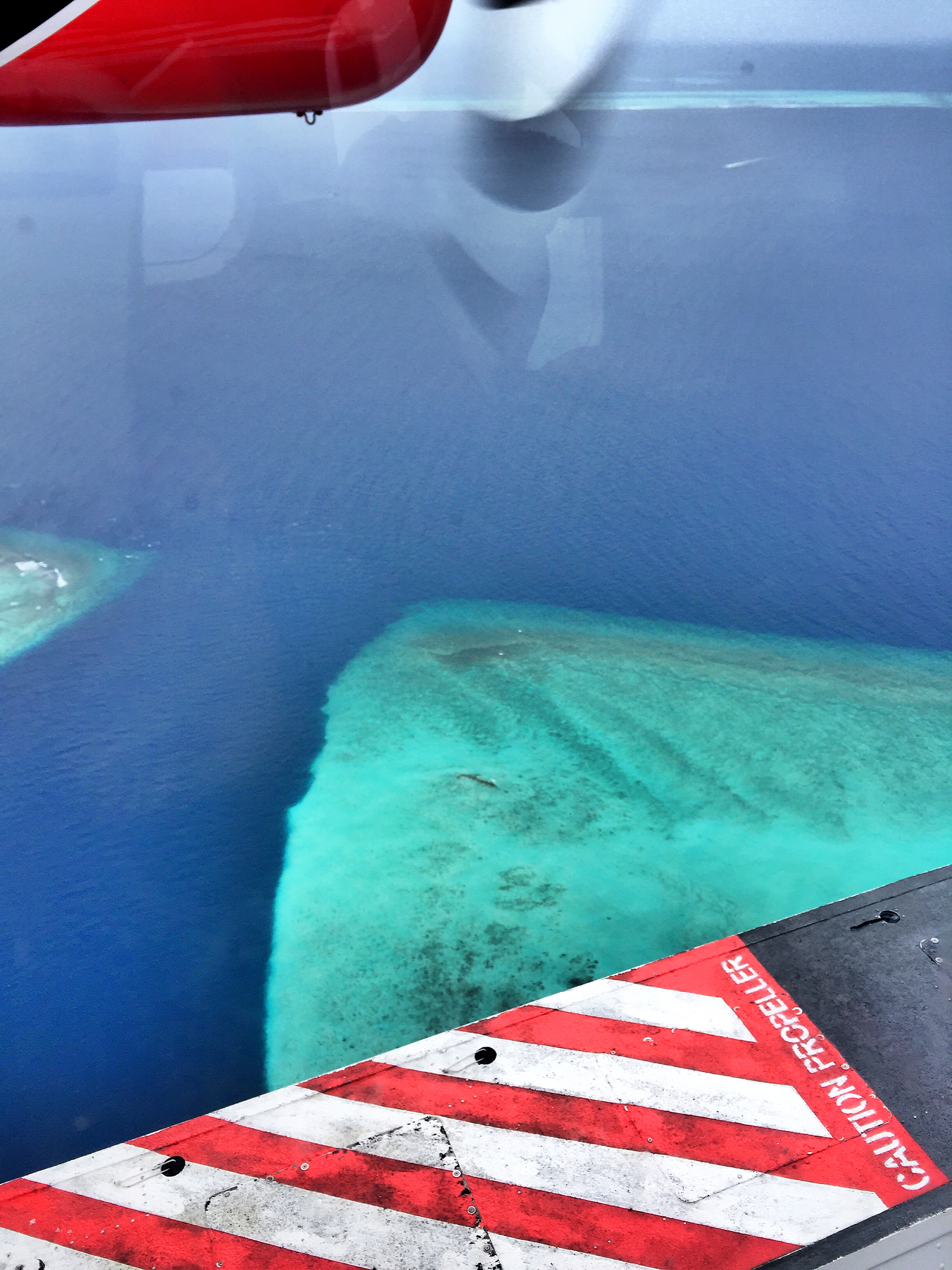 flying-over-maldives-islands