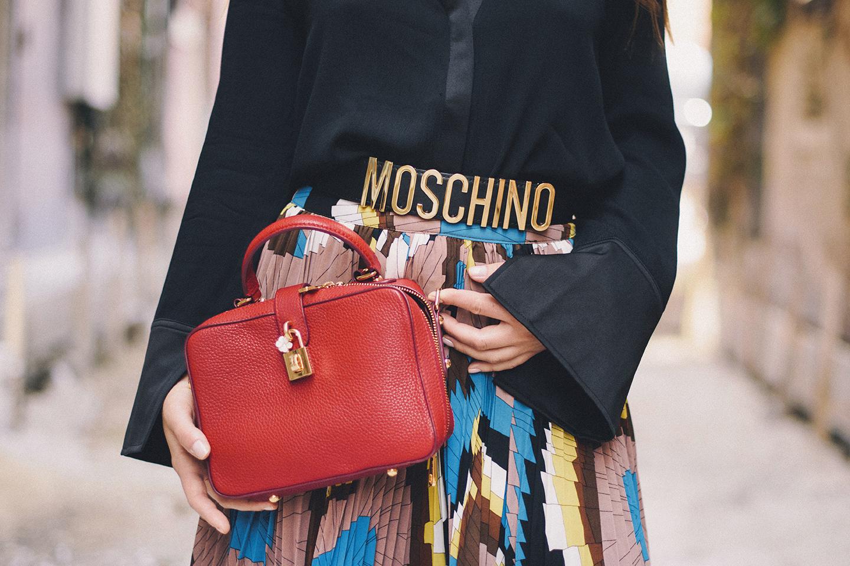 moschino-belt
