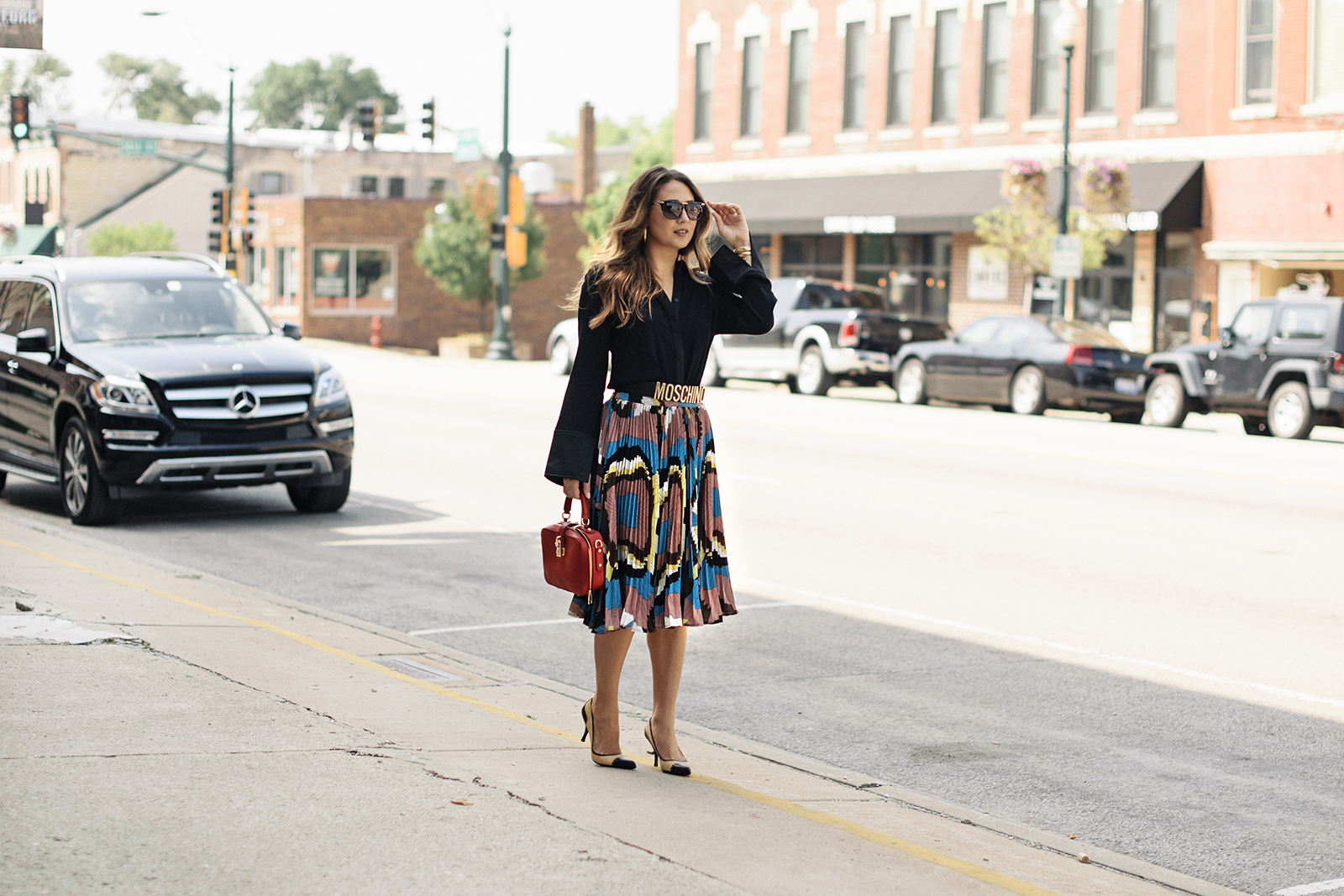 fashionable-outfit-skirt-collared-shirt