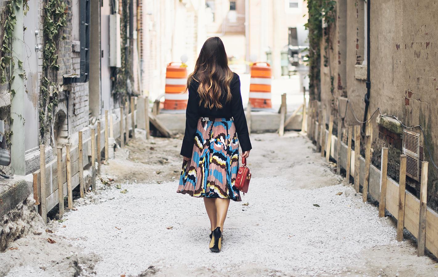 very-fashionable-girl-nyfw-street-style
