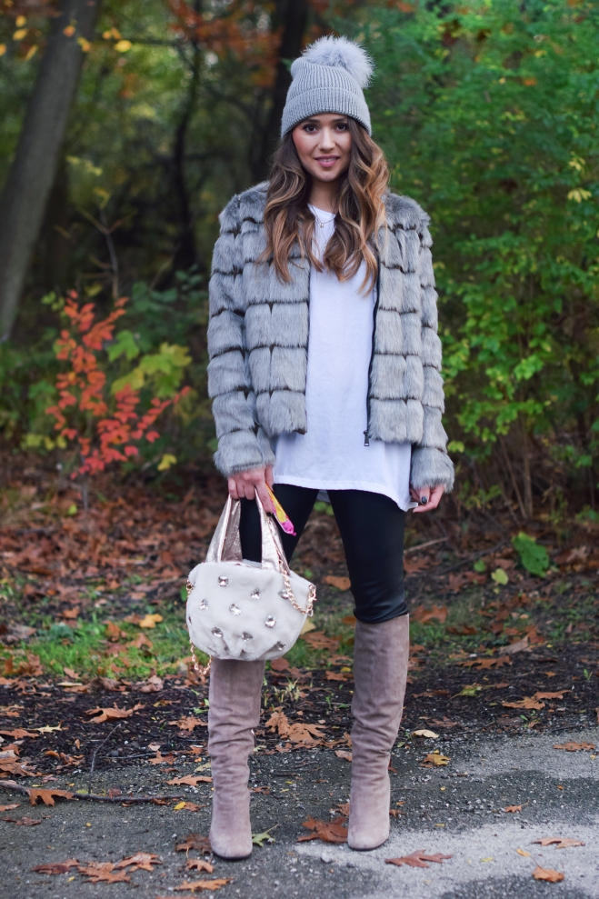 cute-outfit-faux-fur-and-boots