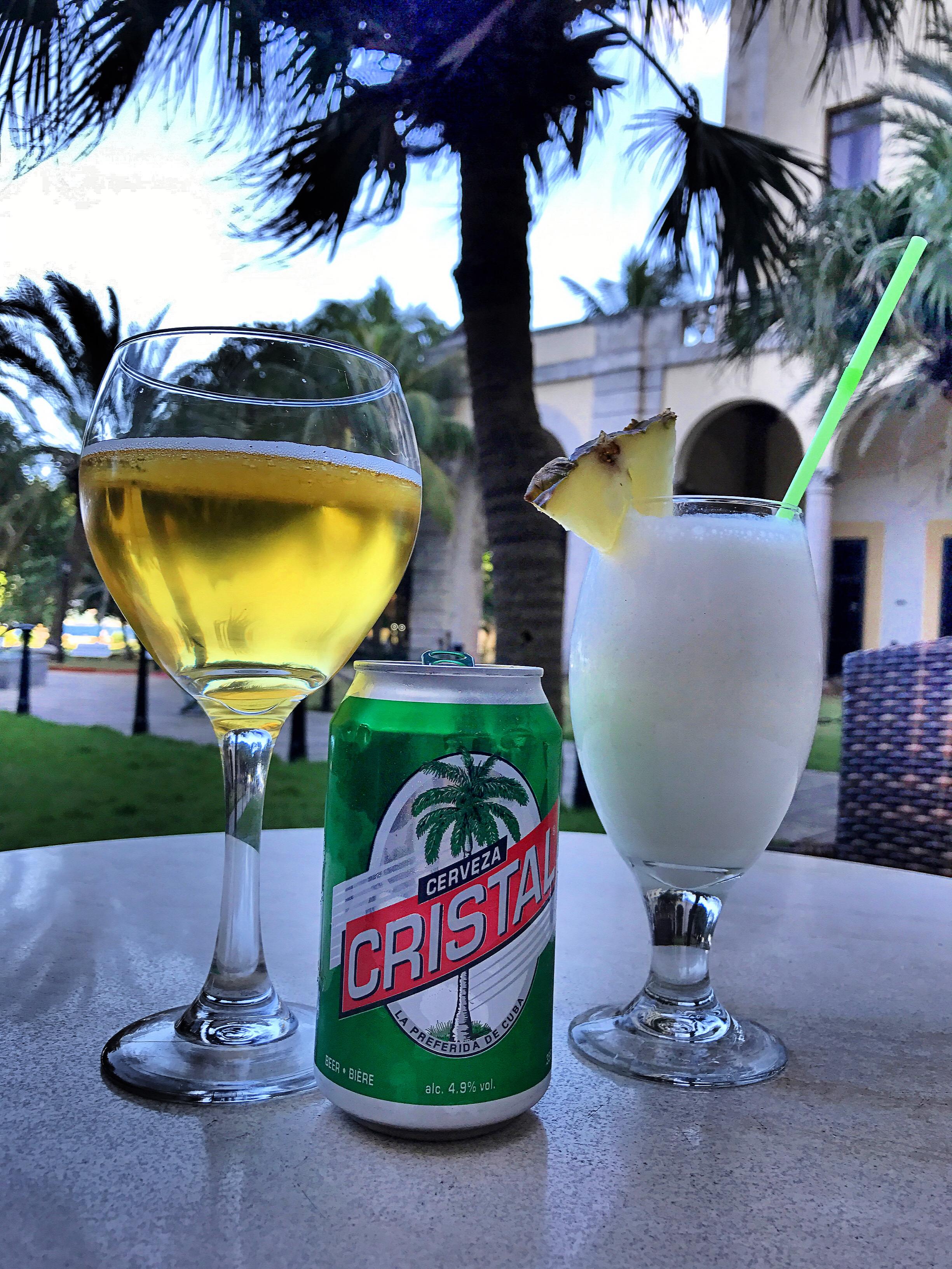 pina-colada-beer-crystal-cerveza-hotel-nacional