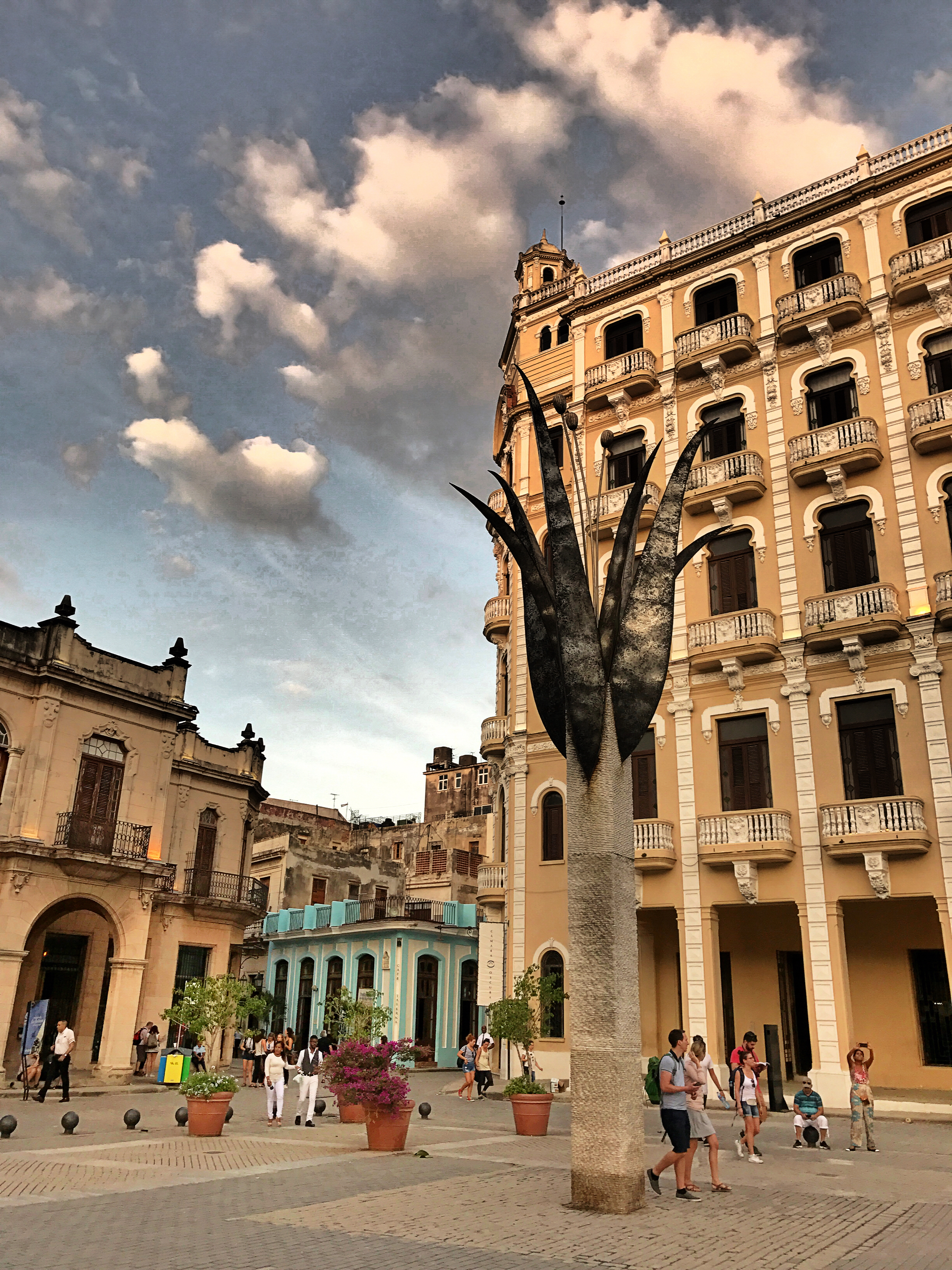 old-town-square-havana