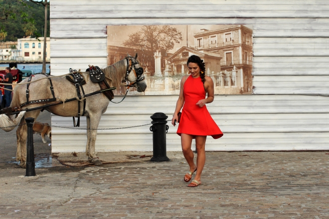 red-dress-cuba-outfit