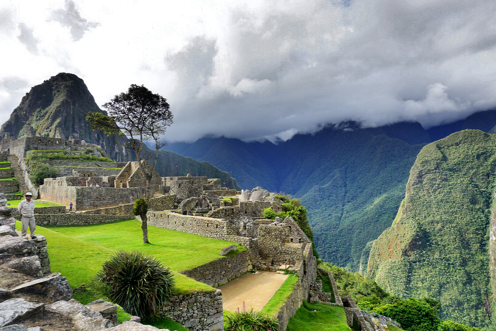lost-city-of-the-incas-machu-picchu