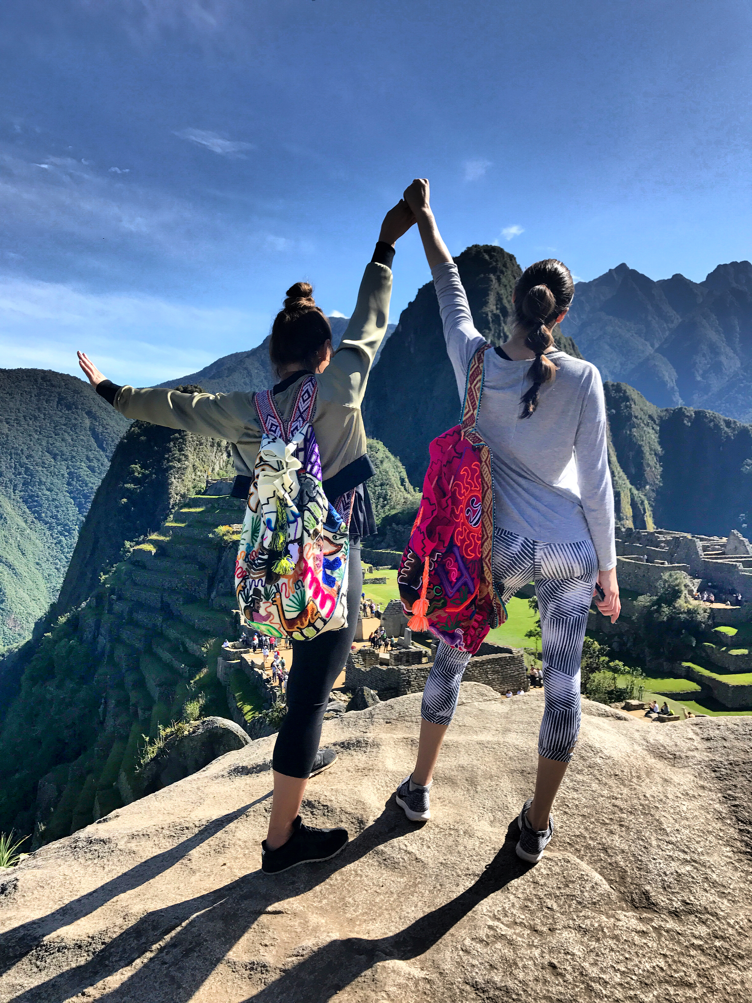 top-of-the-world-machu-picchu-authentic-peruvian-backpacks-fashion