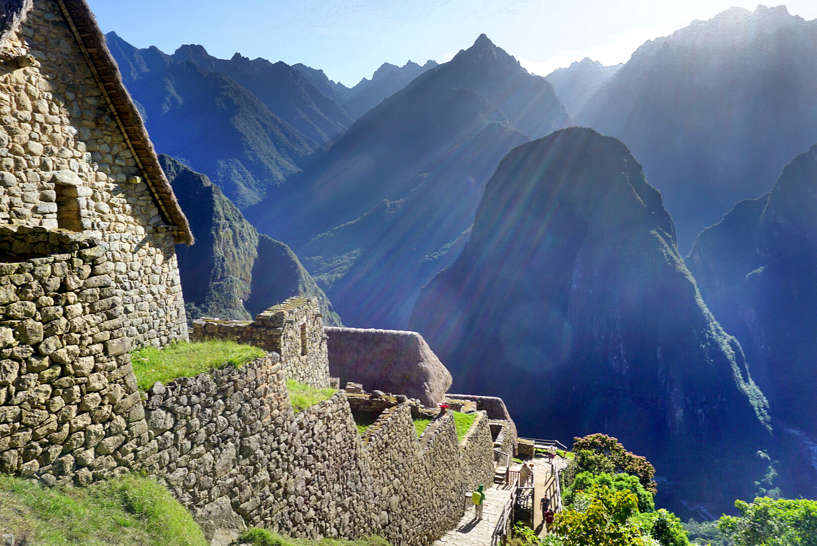 sun-rise-andes-mountains-machu-picchu